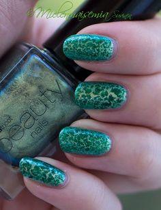 Mielenmaisemia  - Vihreät kaunokaiset #nails #nailart