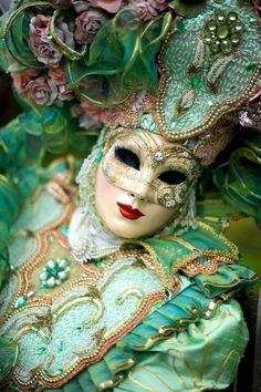Venetian Carnaval by Par Deside Venice Carnival Costumes, Mardi Gras Carnival, Venetian Carnival Masks, Carnival Of Venice, Venetian Masquerade, Masquerade Party, Masquerade Masks, Venice Carnivale, Venice Mask
