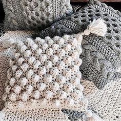 50 Free Crochet Pillow Patterns - Page 11 of 50 - hotcrochet .com # Crocheting Pillow 50 Free Crochet Pillow Patterns - Page 11 of 50 - hotcrochet . Crochet Pillow Cases, Crochet Pillow Patterns Free, Crochet Cushion Cover, Knitting Patterns, Knit Pillow, Knitted Pillows, Crochet Cushions, Cushion Covers, Throw Pillows
