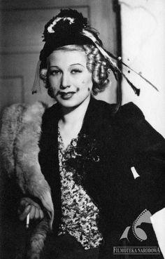 """get-on-the-carousel: """"Ina Benita, 1.02.1912-1944(?) """""""