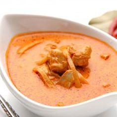 Curry in a hurry? Impress your friends and learn how to make an authentic Thai Red Curry in our healthy Halo fryer - you can do more than just fry food! Dukan Diet Recipes, Diabetic Recipes, Low Carb Recipes, Healthy Recipes, Healthy Food, Fish Recipes, Indian Food Recipes, Beef Recipes, Cooking Recipes