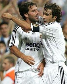 Ruud Van Nistelrooy and Raúl. Athletic Club 0 - 1 Real Madrid C.F., 9 December 2007.