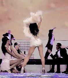 Ariana Grande Honeymoon tour gif