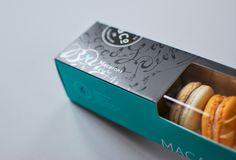 Kitchening & Co. MacaronPackaging - The Dieline - Macaron Packaging, Food Packaging, Mini Pendant Lights, Mini Chandelier, Uv Lack, Dry Nose, Kitchen Lighting Fixtures, Dessert, Quick Snacks
