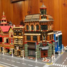 randuwa: Lego City Gets A Bank!