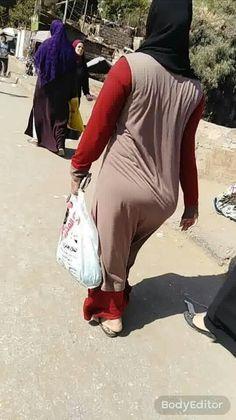 Arab Girls Hijab, Muslim Girls, Hijabi Girl, Girl Hijab, Niqab, Beautiful Hijab Girl, Curvy Women Outfits, Muslim Women Fashion, Pakistani Fashion Casual