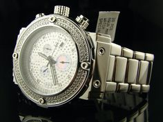 This men's Aqua Master Diamond Watch is the latest in style when it comes to setting a trend. Around the bezel there are .25ct genuine real diamonds. Silver dial with white chronograph subdials in an extra large casing.