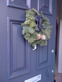 A festive front door in Farrow & Ball Railings from @Noreg67