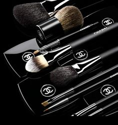 NEW - CHANEL MAKEUP BRUSHES