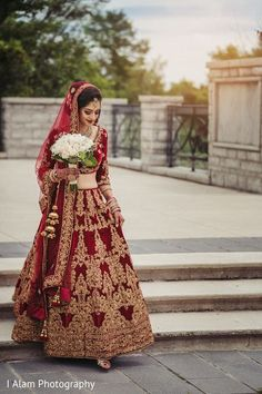 Ravishing indian bride wedding ceremony style #indianweddingdresses