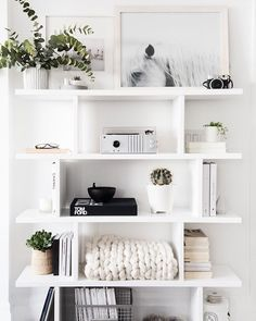 Shelfie game, strong. #LLprojectSS is encouraging me to get my shelfie act together. It currently looks absolutely NOTHING like this | :camera:: /annawithlove/ for @stephsterjovski #larkandlineninteriordesign