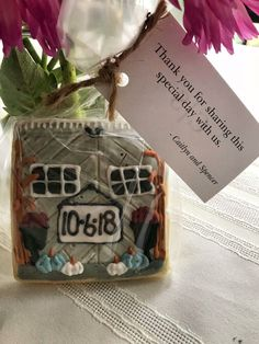 barn door cookie wedding favor wedding favor inspiration cookie wedding favors fall wedding