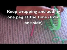 How to knit a triangle on a round loom - YouTube