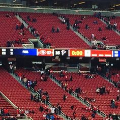 Niners hang on in an upset central game! #49ers #goldblooded #levisstadium #foreverfaithful #homeofthefaithful