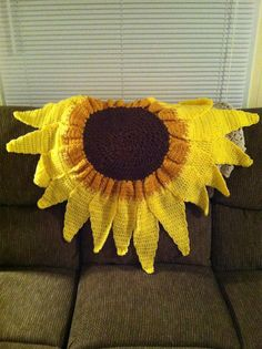 Sunflower Natural Style Custom Crochet baby blanket/ afghan.    I just finished it and I am SOOOO proud to say I did this! For more slides and information check out the listing at:   http://www.etsy.com/listing/97021078/custom-crochet-baby-blanket-or-afghan