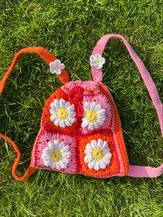 Crochet Daisy, Cute Crochet, Knit Crochet, Crotchet, Diy Crochet Projects, Crochet Crafts, Sewing Projects, Crochet Ideas, Crochet Designs