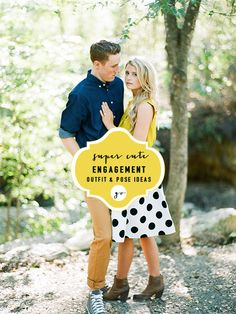 Cute engagement pose and outfit idea