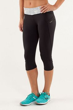 Reminder to myself that I need new ones -- Lululemon Top Speed Crop Workout Pants