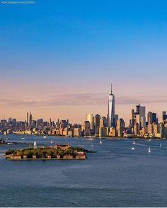 Dazzling by #newyork_photographer : @marcodegennarophotos mention and tag @newyork_photographer to get reposted #newyork #newyorker #newyork_ig #newyorknewyork #newyorklife #newyorkcity #ny #photographer #newyorkphotographer #photographer