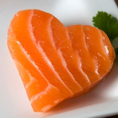 El salmón no solo es un delicioso platillo, sino que aporta múltiples beneficios para la salud. Comienza a disfrutar más de este delicioso alimento