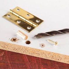 Repair for stripped screws. Sometimes the wood surrounding a screw becomes so torn up that it no longer holds the screw securely. Build A Murphy Bed, Murphy Bed Plans, Beginner Woodworking Projects, Woodworking Tips, Wood Projects, Projects To Try, Weekend Projects, Stripped Screw, Harbor Freight Tools