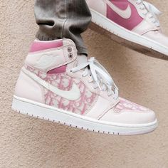 This article will allow you with your shoes and select Jordan Shoes Girls, Girls Shoes, Shoes Women, Custom Sneakers, Custom Shoes, Custom Jordans, Zapatillas Nike Jordan, Souliers Nike, Sneakers Fashion
