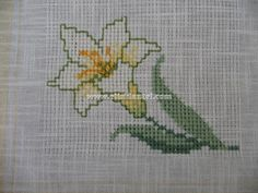 etamin örnekleri - Sayfa 2 - El İşi Dantel Small Cross Stitch, Cross Stitch Flowers, Cross Stitch Embroidery, Cross Stitch Patterns, Christmas Cross, Bargello, Needlework, Diy And Crafts, Knitting