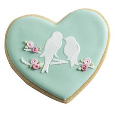 These beautiful little biscuits are perfect to accompany afternoon Valentine's tea Bird Cookies, Sweet Cookies, Sugar Cookies, Valentine Theme, Valentine Cookies, Valentine Gifts, Fortnum And Mason, Delicious Cookie Recipes, Cookie Designs
