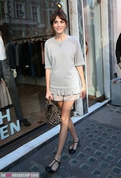 alexa chung and olivia palermo enjoy london fashion week