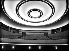 Cine Barceló, Madrid, 1930. Arquitecto: Luis Gutiérrez Soto. Fotógrafo: Luis Lladó