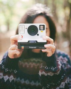 It's back! Say hello to the new @PolaroidOriginals OneStep 2, now available at UO. #UOTech