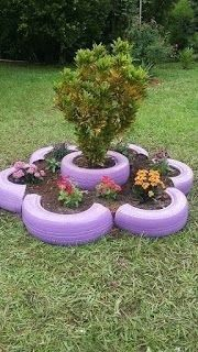 39 Cheap and Easy DIY Garden Ideas Everyone Can Do - Decoration Fireplace Garden art ideas Home accessories Tire Garden, Garden Yard Ideas, Diy Garden Projects, Easy Garden, Garden Crafts, Diy Garden Decor, Garden Planters, Garden Decorations, Garden Beds