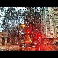 Taxi en la lluvia