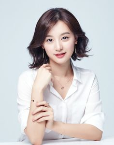 "semperji: "" ""Kim Ji Won for Mollis Jewelry "" "" Korean Beauty, Asian Beauty, Foto Cv, Professional Headshots Women, Headshot Poses, Kim Ji Won, Marca Personal, Beauty Shots, Korean Actresses"