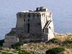 Torri e Castelli - Cittadipraiaamare.it Praia a Mare – La Città dell'Isola di Dino - Torre di Fiuzzi