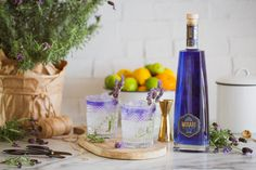 Mirari Blue Gin and Indian Tonic. See the colour change in reverse! Fill a glass up to the top with ice cubes. Top with a premium Indian Tonic Water. Garnish with lavender. Tonic Water, Gin And Tonic, Gin Garnish, Blue Gin, Ice Cubes, Distillery, Color Change, Fill, Lavender