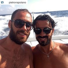 #RaffaelePalladino Raffaele Palladino: #Repost @pietronapolano with @repostapp. ・・・ Buon ferragosto a tutti!!!☀️ #ferragosto #estate2015 #amico #AmiciziaVera #friends #followme #happy #italia #instamood #instadaily #instamusic #instaselfie #likeall #napoli #photooftheday #smile #sun #sole #tagsforlikes @palladinoraffaele