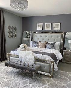 Glam Master Bedroom, Grey Bedroom Decor, Decor Home Living Room, Room Design Bedroom, Room Ideas Bedroom, Home Bedroom, Silver And Grey Bedroom, Glamour Bedroom, Luxurious Bedrooms