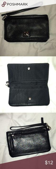 NWOT Mundi Faux Leather Wristlet • new without tag • faux leather wristlet with a wallet compartment and phone storage • color: black • brand: mundi • no trades • Mundi Bags Clutches & Wristlets