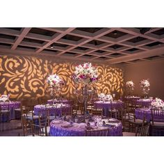 Love this setup with #texture #lighting #gobo on the wall at this wedding…