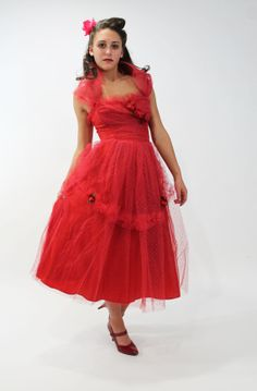 50s Prom Party Dress Strapless Formal Full Skirt by ScarletFury, $169.00 Vintage clothing