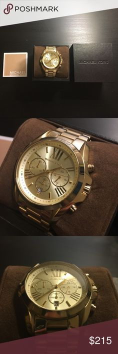 """Authentic Michael Kors Women's watch Preloved, excellent condition MK women's watch. Barely used, batteries needs to be replaced. Comes with box. If you beauties would like to purchase this item, please click on """"buy it"""" or kindly use the offer button to negotiate a reasonable price. I will not do any other outside transactions besides POSHMARK. I also do not do trades. Thanks for reading! 😄❤️ Michael Kors Accessories Watches"""