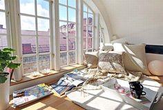 Интерьер с большими окнами – максимум естественного света и открытого пространства    http://interiorizm.com/big-windows