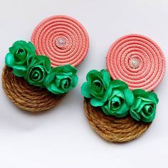 Jewelry Crafts, Handmade Jewelry, How To Make Earrings, Fabric Jewelry, Craft Gifts, Jewerly, Art Projects, Tropical, Beads
