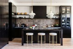 Luxury Kitchens With the beginning of we can predict some new kitchen trends. Residence creates existing you a few of those fads that will pop-up this year. Beach Kitchens, Luxury Kitchens, Cool Kitchens, Modern Kitchens, Kitchen Trends, Kitchen Sets, New Kitchen, Kitchen Layout, Best Kitchen Designs