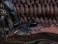 SHOES: Pain and Pleasure Exhibition at the Victoria & Albert Museum Until 31st January 2016