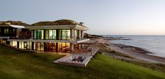 Brasil no es el único destino de verano en América del Sur. Uruguay tiene balnearios preciosos: Punta del Este, La Pedrera, Chuy...