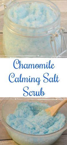 Chamomile Calming Salt Scrub, salt scrub recipe, easy salt scrub, salt scrub gifts, DIY salt scrub, Chamomile salt scrub, chamomile essential oil #bodyscrubsalt