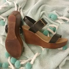 Zara Wedges Only worn a few times // excellent condition Zara Shoes Wedges