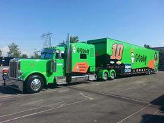 Danica Patrick's hauler Nascar Trucks, Big Rig Trucks, Nascar Racing, Racing Team, Semi Trucks, Auto Racing, Peterbilt 379, Peterbilt Trucks, Big Tractors